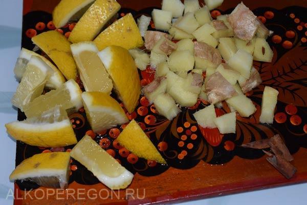 лимон и имбирь порезать
