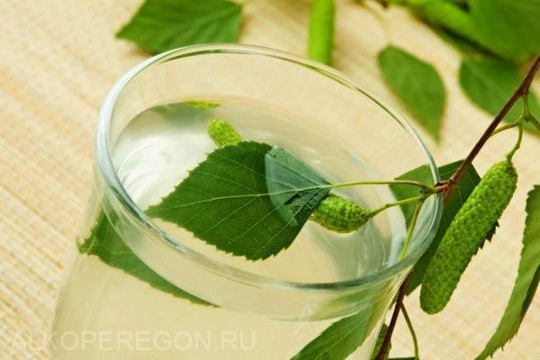 стакан березового самогона