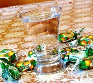 самогон из конфет