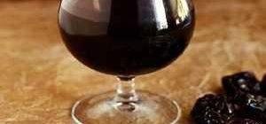 Рецепты настоек из чернослива на самогоне, водке, коньяке