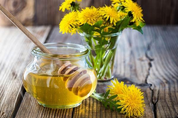 вино из цветов одуванчика с мёдом